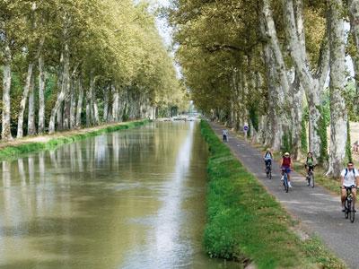 http://www.lesgasconssontla.com/data/20_CDT47/photos/Velo-voie-verte-du-Canal.jpg